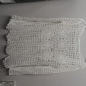 Free People white crochet longsleeved sweater